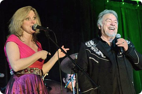 Gene Watson & Rhonda Vincent at Black Gold Casino in Hobbs, New Mexico on Saturday 7 May 2011
